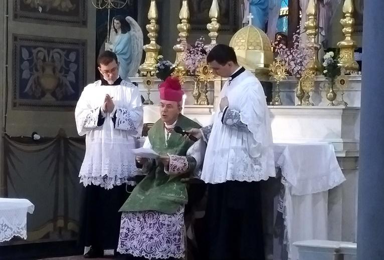 Predica di SER Mons. Schneider nella cappella di San Giuseppe, ospedale di Livorno