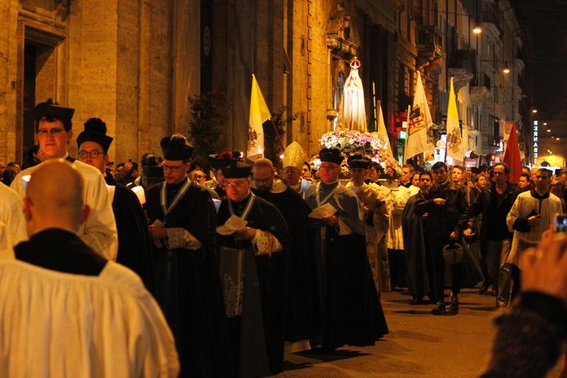 A Roma, grande Fiaccolata in onore dell'Immacolata