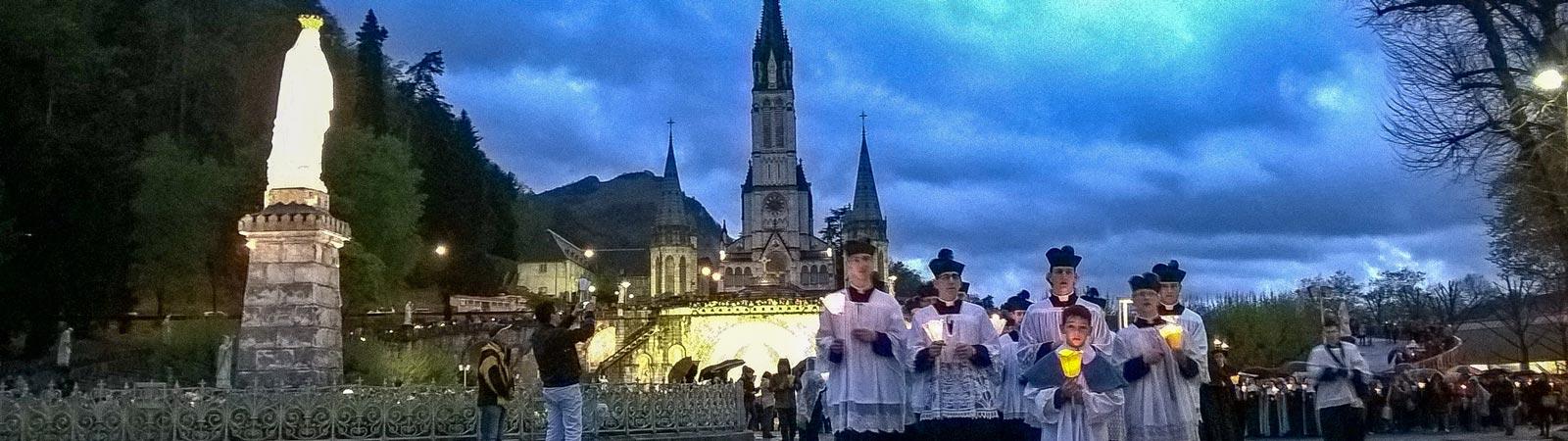 Pellegrinaggio-a-Lourdes1